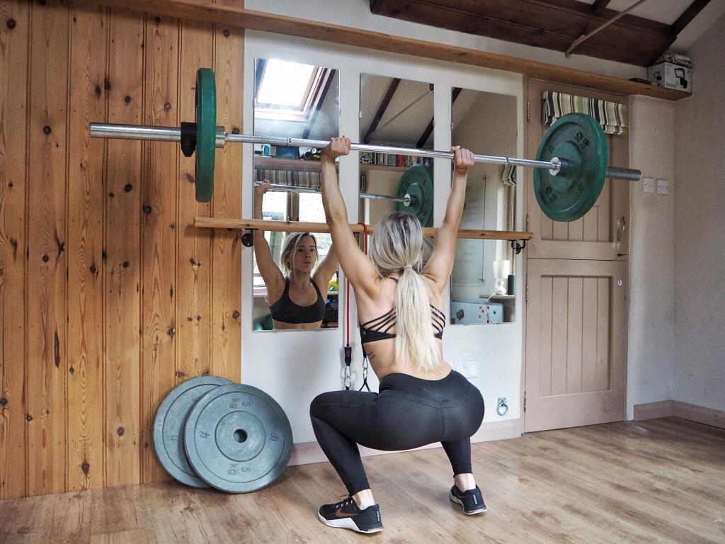 Штанга для тренировок дома фото