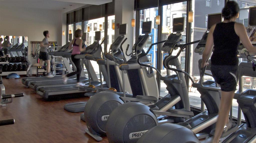 упражнения на жиросжигание в тренажерном зале
