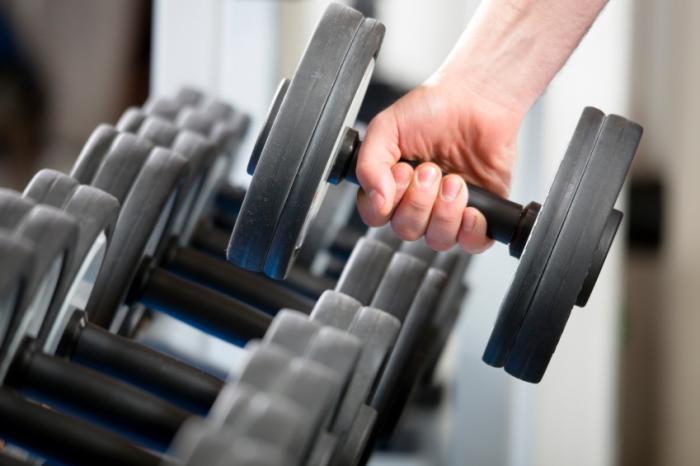 Как выбрать гантели особенности цены  25 упражнений