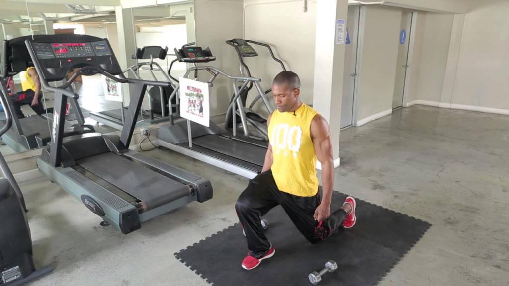 Упражнение в зале с грыжей
